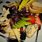 Fruit and cheese plae