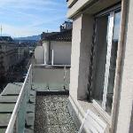 Balkon Zi 609 mit Blick bis zum See / Jet d'eau