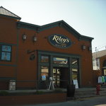 ‪Riley's by the River‬