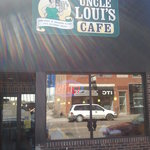 Foto UNCLE Louis Cafe