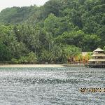 Pearl farm resort - photo taken from the boat (Photo by: Ricoy)