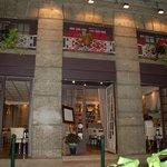 Esterno del ristorante Le Pavillon a Lione