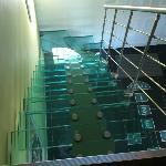 Un escalier en verre !
