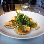 Queenie Scallops with Pernod Butter