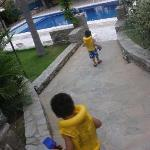 on our way to the pool :)