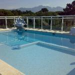 terrazzo con piscina e vista
