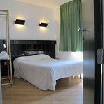 Habitación doble con baño 1 cama