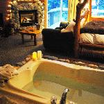 "Romantic anniversary and birthday suites to say ""I love you"""