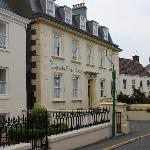 Photo of The Captain Cook Hotel
