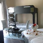 Une chambre spacieuse et confortable
