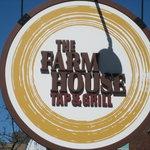 The Farmhouse Tap & Grill Foto