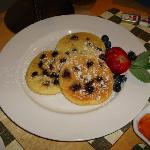 delicious blueberry pancakes