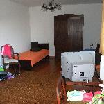 Un côté d'une chambre