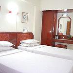Photo of Hotel Sabari's Nest