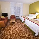 Newly Renovated Spacious Rooms