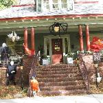 Halloween 2009 Bungalow Porch
