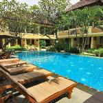 resort main swimming pool