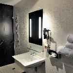 Bathroom Comfort Centre del Mon Perpignan