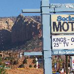 Sedona Motel sign