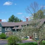 Six Chimneys & A Dream--1791 Historical Stagecoach Inn