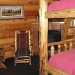 Cabin Queen Bunk Beds