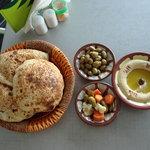 صورة فوتوغرافية لـ Huda Bakery, Salwa