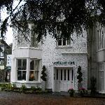 White Lodge Hotel