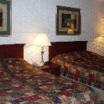 2 queen beds in our room