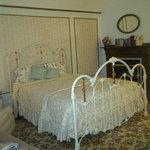 Abigail Hideaway Room