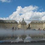 Bordeaux : Place de la Bourse et miroir d'eau