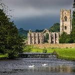 Nearby Fountains Abbey (NT)