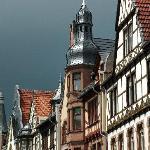 Wunderschöne und reichlich verzierte Häuser aus vielen Epochen
