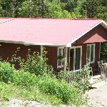 Creekside Chalet: perfect for 2 couples or a family