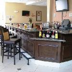 Hilton Garden Inn Augusta Bar and Restaurant Area