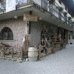 L'esterno del ristorante 2