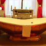 Bath tub up close :)