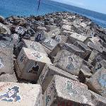 Bemalte Steine bei Auditorio de Tenerife
