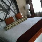 Loved the bed, super comfy!