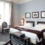 Deluxe Twin or King room