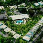 Poolside & Gardenside Suites
