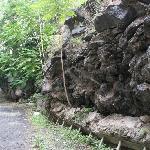 Cortile ovest del Monastero, lava del 1669