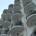 Photo de Hotel Ariha