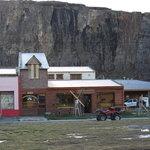 Vista del restaurant Ahonikenk, El Chaltèn