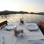 Caridea Hotel & Restaurant & Lounge Photo