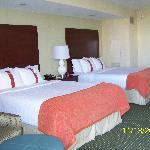 2-Queen Bedroom