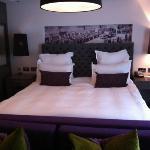 bedroom 208