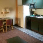 suite 222 kitchenette