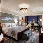 Deluxe River Room