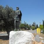 Marathon Battlefield: statue of Miltiades