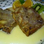 Mmmmmm banana bread pudding with bourbon sauce....